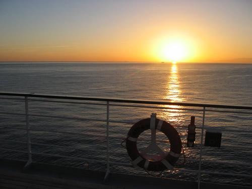 Der traumhafter Sonnenaufgang am Abreisetag macht uns die Abreise schwer