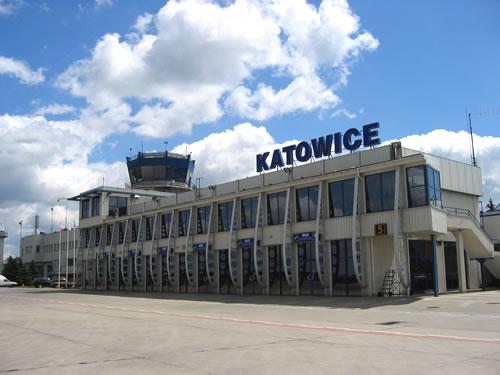 Das Flughafengebäude von Kattowitz