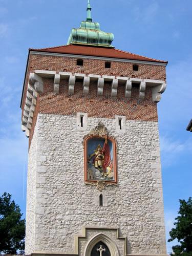 Das Florianstor ist ein Überrest der alten Stadtmauern