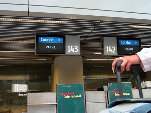 Check in am Flughafen Düsseldorf