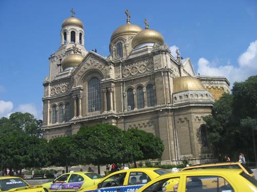 Die Kathedrale Sveto Uspenie Bogorodicno