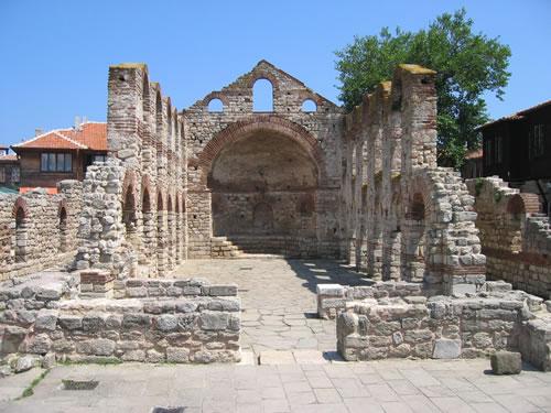Die Metropolitenkirche Sveta Sofia stammt aus dem 5. Jahrhundert
