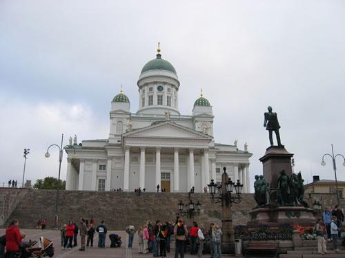 Der Dom in Helsinki wurde vom deutschen Architekt J.L. Engel erbaut