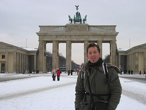 Mario vor dem Brandenburger Tor