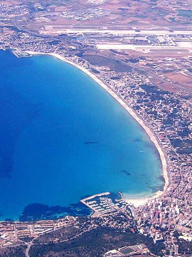 Die Playa de Palma vom Flugzeug aus