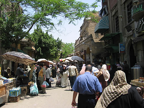 Ein typischer Souk im islamischen Viertel Kairos