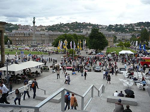 Das Zentrum der Stadt ist der Schlossplatz