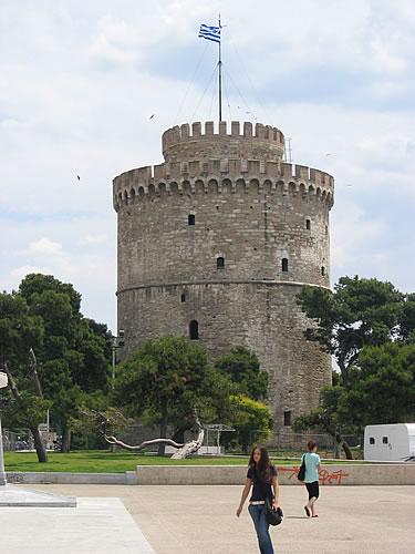 Der Weiße Turm ist das Wahrzeichen von Thessaloniki
