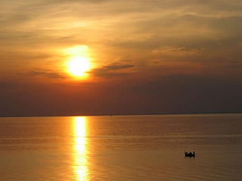 Sonnenuntergang über der griechischen Ägais
