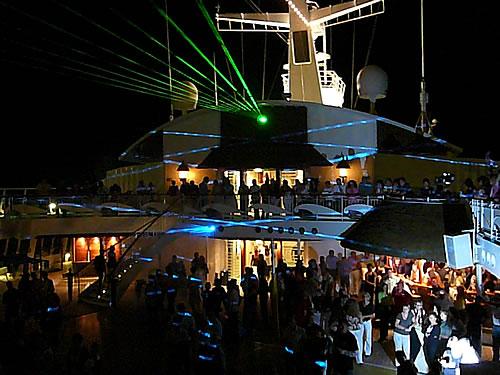 Lasershow auf der AIDAaura
