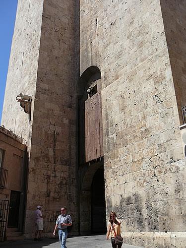 Der Torre dell'Elefante (Elefantenturm) im Castello-Viertel von Cagliari