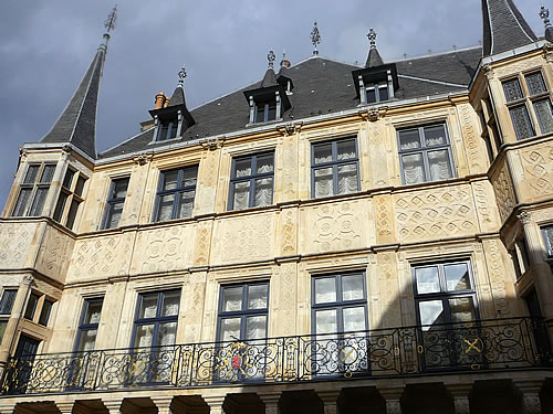Die Renaissance-Fassade des Großherzoglichen Palais