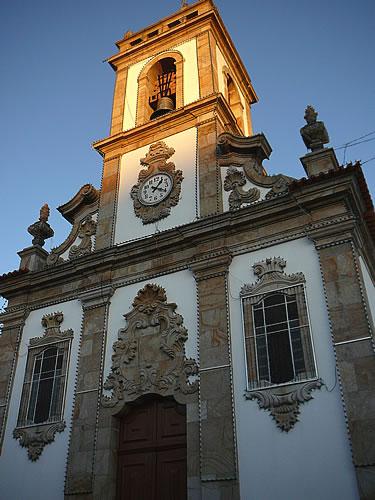 Die Pfarrkirche Igreja Matriz de Sabrosa