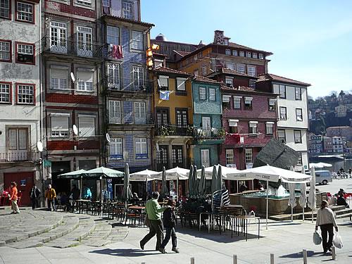 Zurück in Portos Altstadt