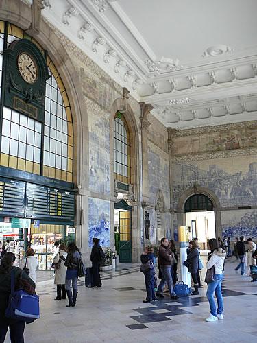 Der Bahnhof São Bento