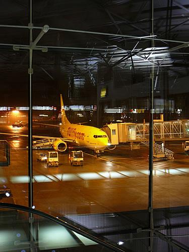 Am Flughafen Köln-Bonn