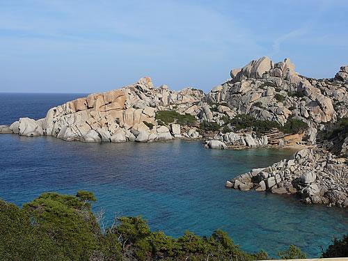 Traumhafte Bucht im Nordosten Sardiniens