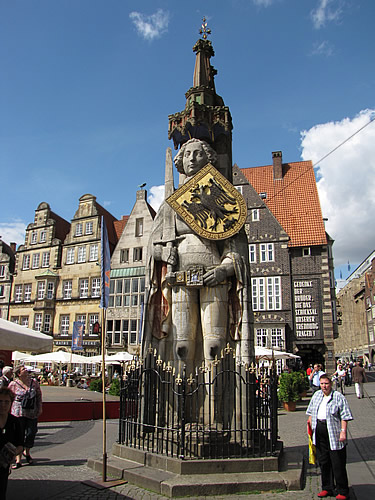 Der Roland vor dem Bremer Rathaus
