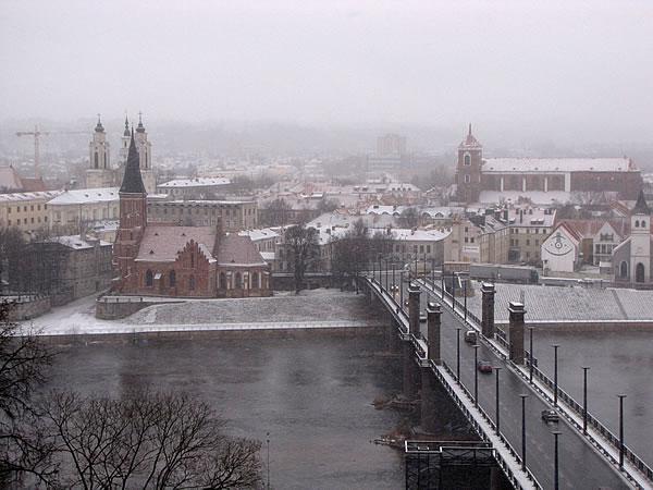 Ausblick auf das verschneite Kaunas