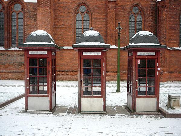 Historische Telefonzellen an der Vilniaus gatvė in Kaunas
