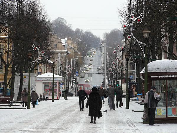 Die Vilniaus gatvė führt weiter in die Neustadt