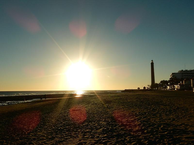 Sonnenuntergang am Strand von Maspalomas
