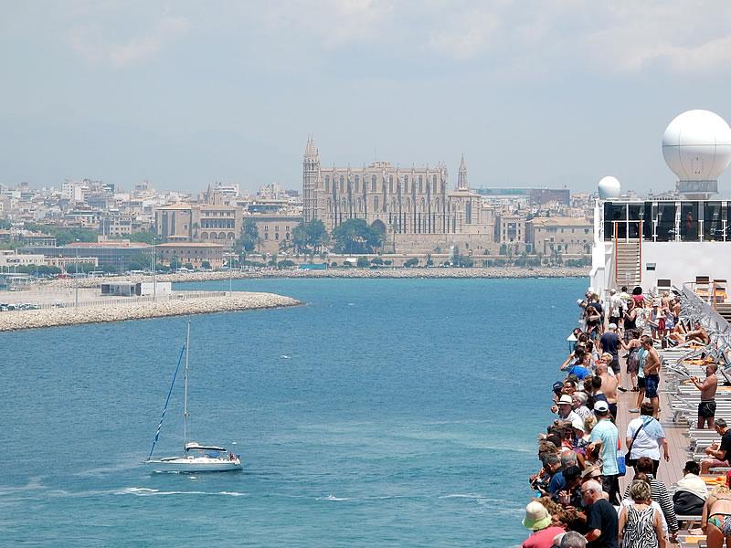 Pünktlich erreichen wir Mallorca