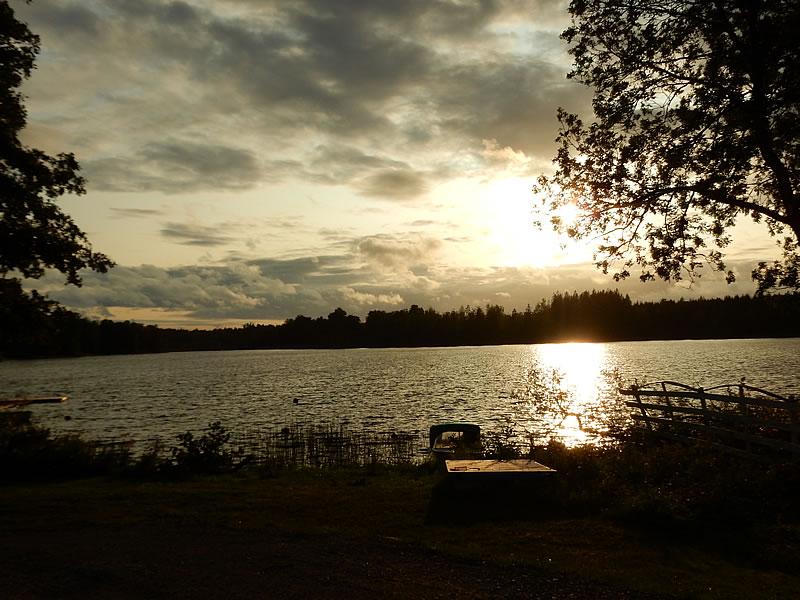 Sonnenuntergang über dem Åsnen-See