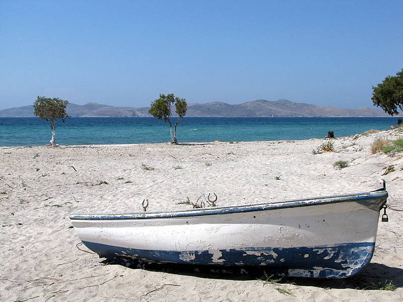 Altes Boot am Marmari Beach