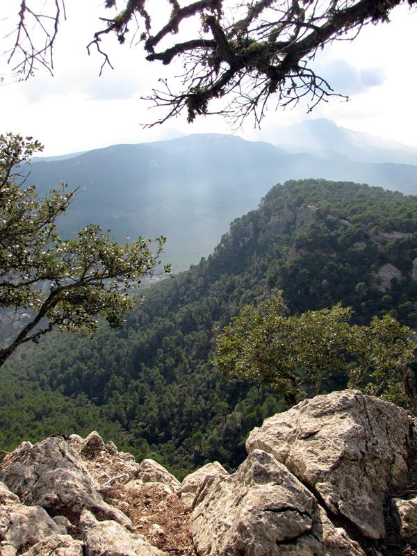 Es gibt herrliche Ausblicke auf das Tal